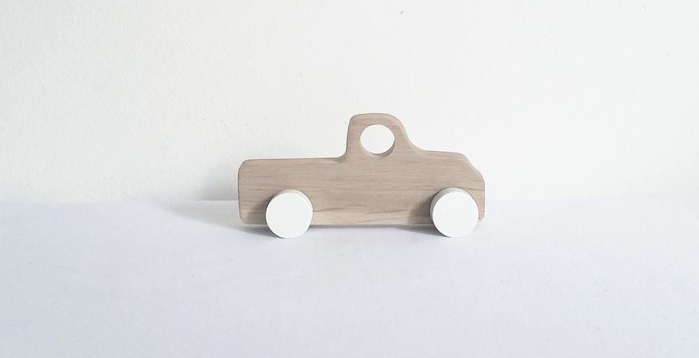 pinch toys wooden truck