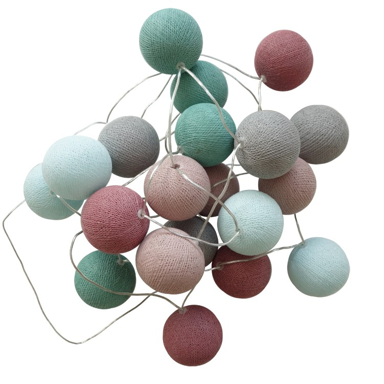 Engel woven string of balls garland