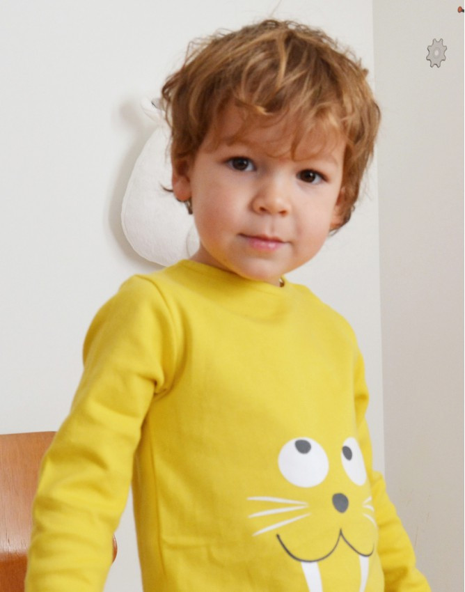 Tendre Deal Yellow morse long sleeve kids tshirt