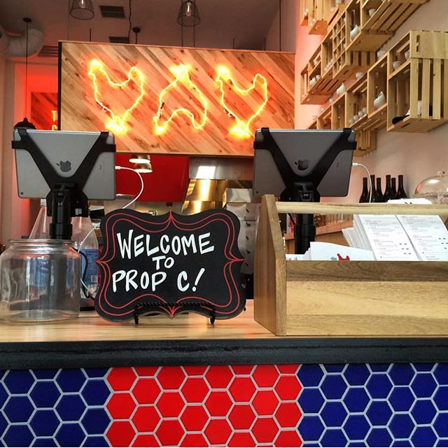 @eatpropchicken Oakland - now officially open for business! 🎉👏🙌 #propositionchicken #eastbay #grandopening #oakland #friedchicken #wednesdayseven