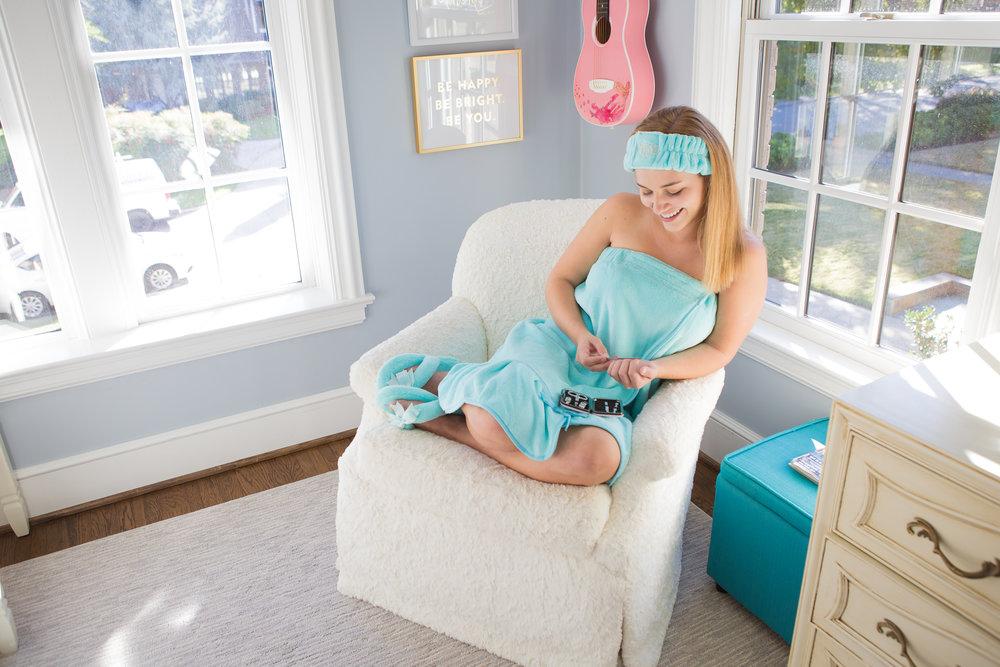 Aqua spa wrap, hb, mani set.jpg