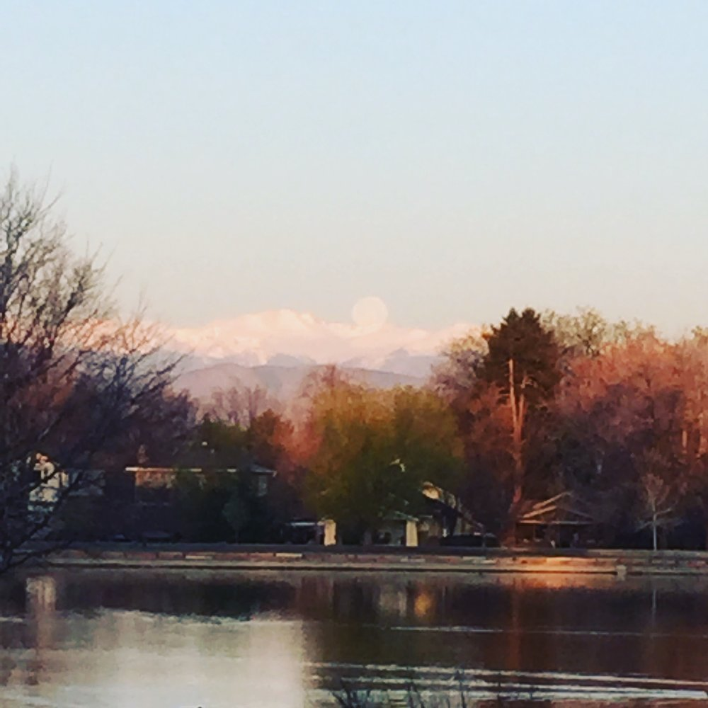 Spring Cleaning for the Spiritual Business Owner + full moon in Libra seen over the mountains in Colorado! This was a glorious morning walk!