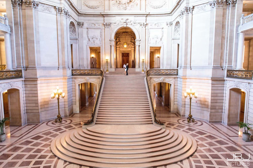 2015.4.1 Professional Photographer San Francisco City Hall Wedding.jpg