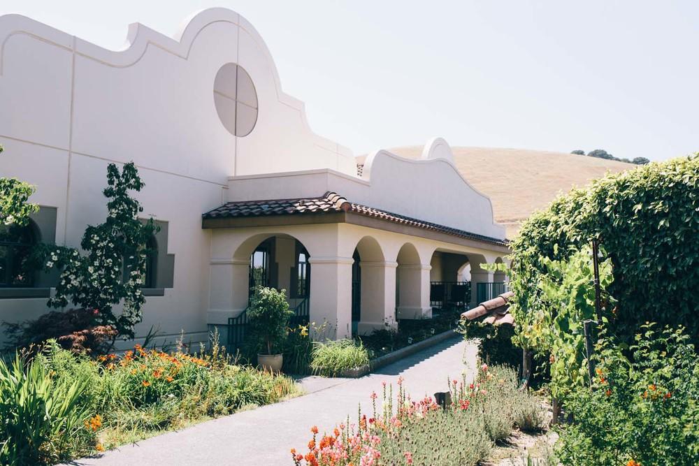Sonoma Gloria Ferrer Winery Wedding by JBJ Pictures Wedding Photographer Sonoma San Francisco.jpg