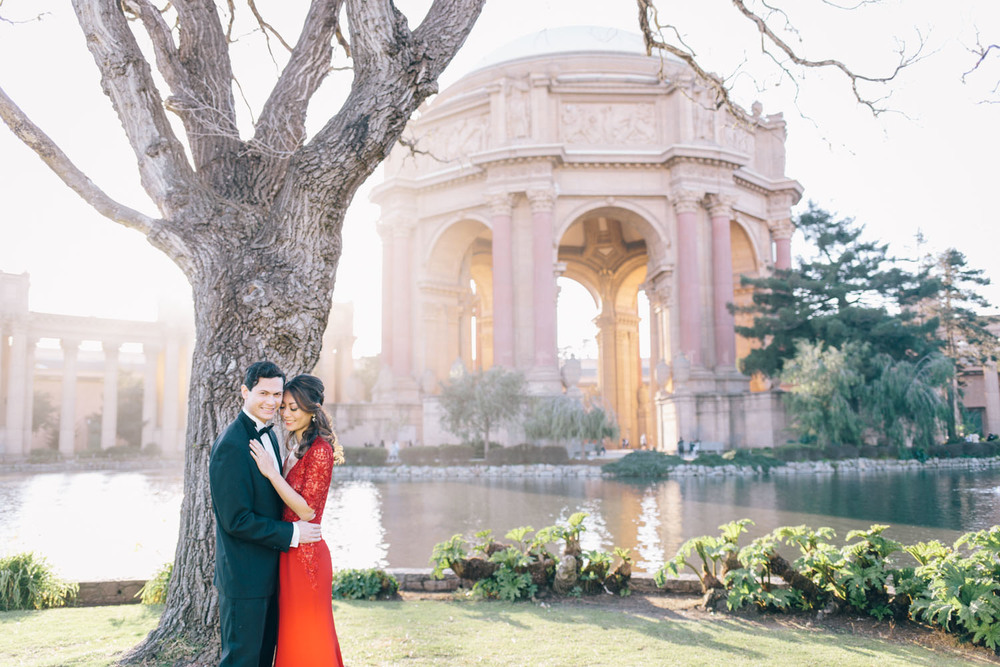 Engagement-Wedding-Photographer-San-Francisco-Engagement-session-Baker-Beach-Palace-of-Fine-Arts-and-Legion-of-Honor-byJBJ-Pictures-8.jpg