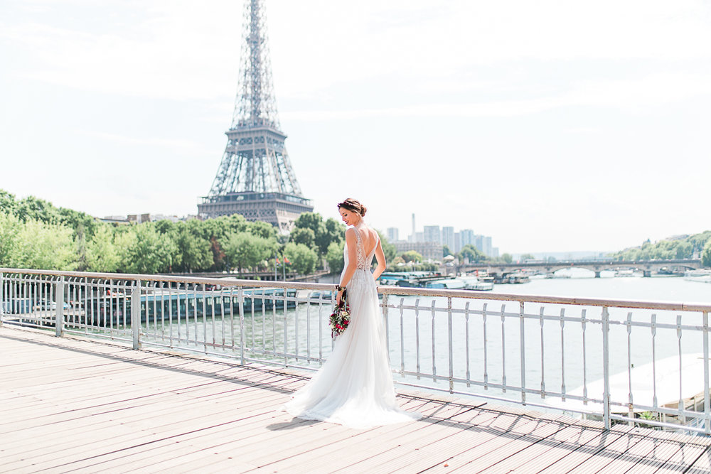 Click Here to View the Gallery - Published on the French Wedding Style Blog.