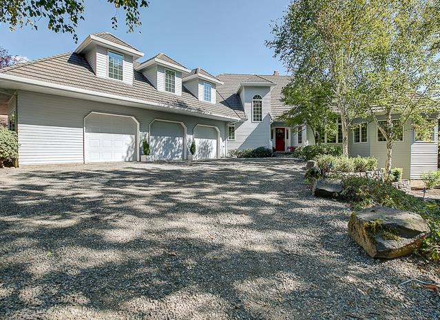 $819,000  |  16315 NW PUMPKIN RIDGE LN