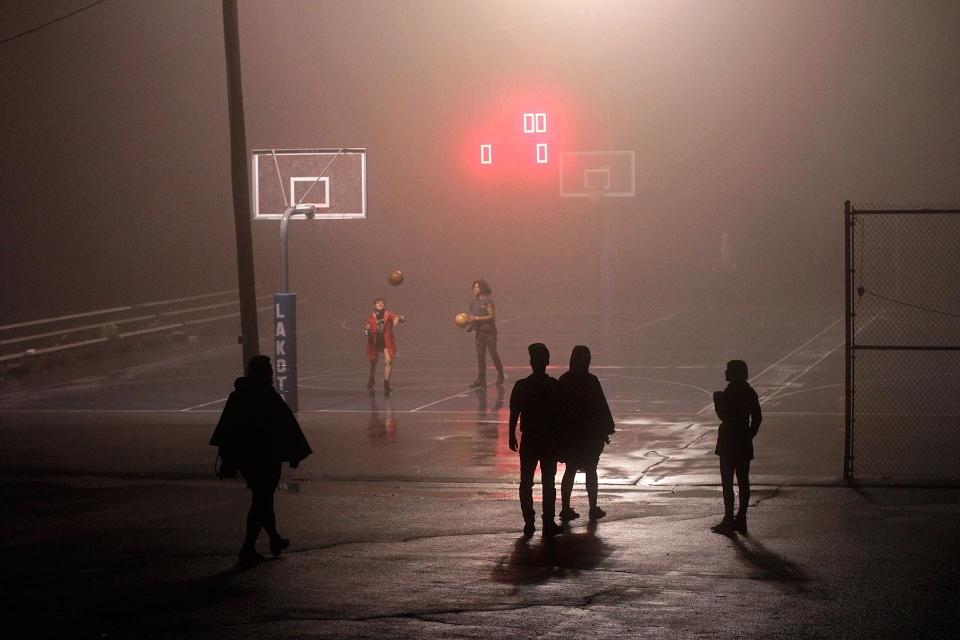 basketball fog2 luis.jpg