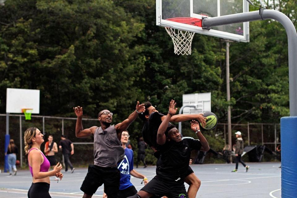 basketball game2.jpg