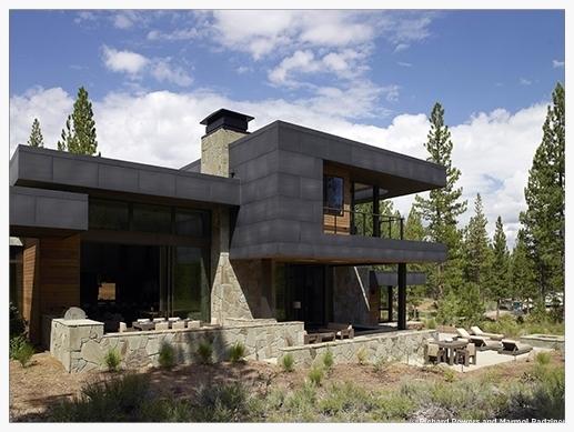 exterior rear perspective                             image: marmol radziner