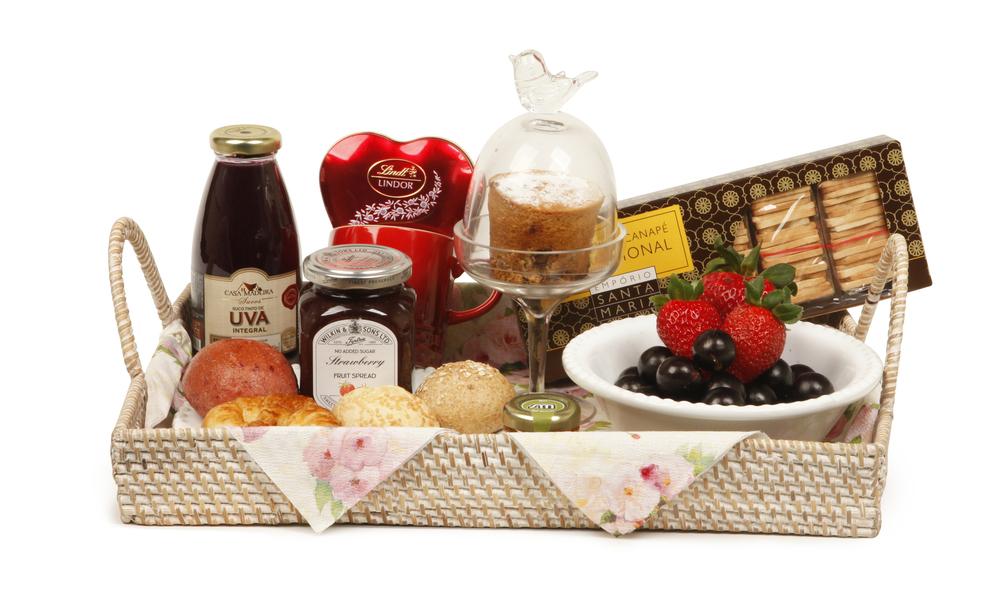 Sugestão de presente romântico - Cesta de café da manhã.