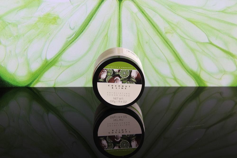 Asquith & Somerset Cononut&Lime Exfoliating Sugar Scrub - Foto por Bruno França