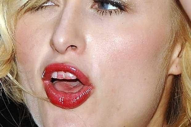 Paris Hilton Divando - Só que não! Hahahahha.....
