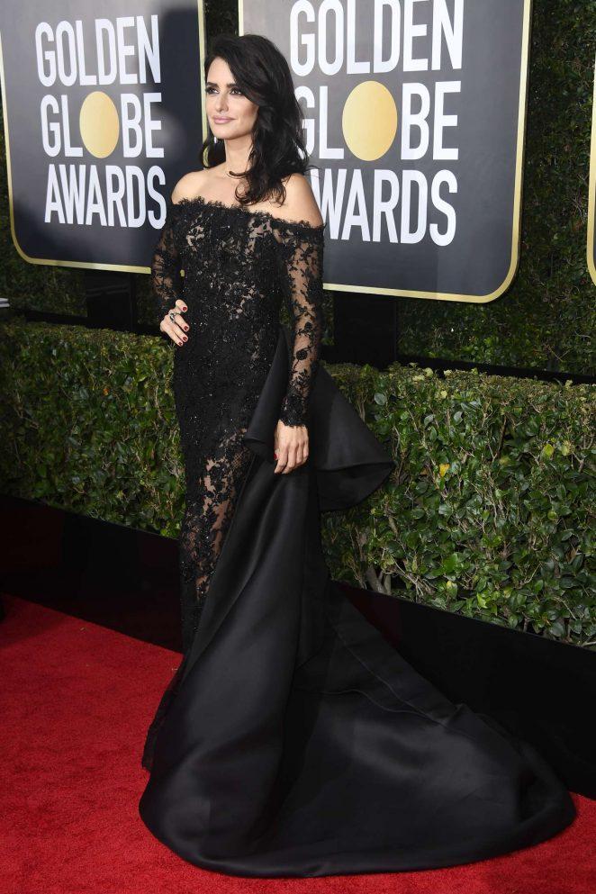 Penelope-Cruz_-2018-Golden-Globe-Awards--01-662x993.jpg