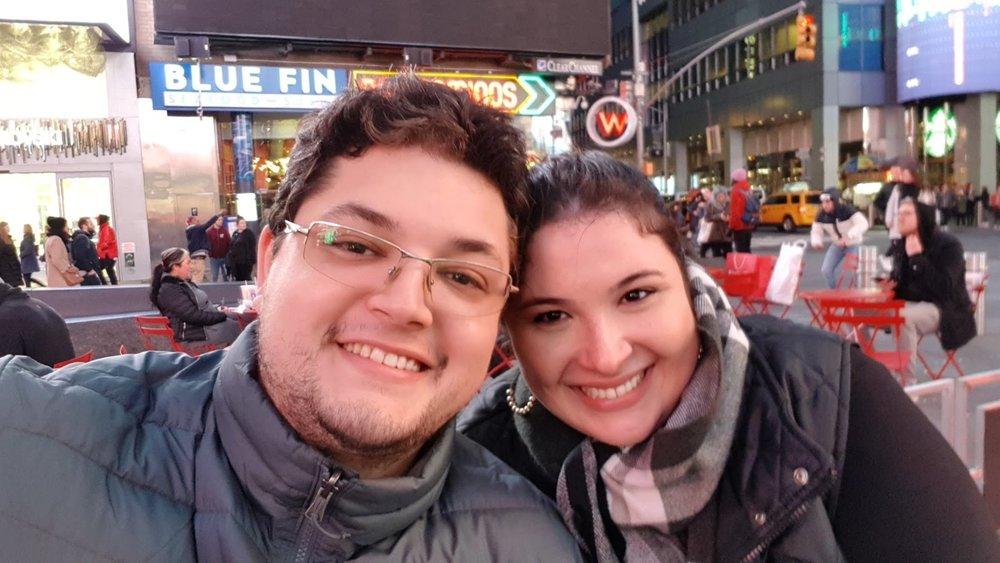 Na Times Square passando frio!