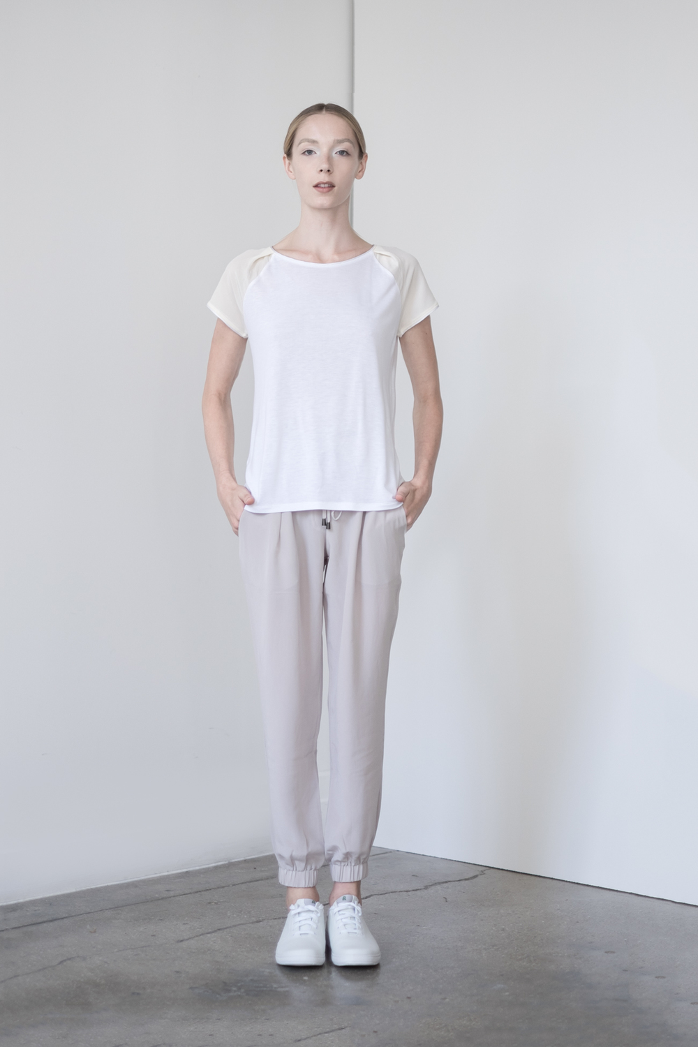 "LOOK 14   TOP:   2285  / Blanc -            0   0   2015-09-15T00:56:00Z   1   7   42   Rick Owens   1   1   48   14.0                       Normal   0             false   false   false     EN-US   JA   X-NONE                                                                                                                                                                                                                                                                                                                                                                               /* Style Definitions */ table.MsoNormalTable 	{mso-style-name:""Table Normal""; 	mso-tstyle-rowband-size:0; 	mso-tstyle-colband-size:0; 	mso-style-noshow:yes; 	mso-style-priority:99; 	mso-style-parent:""""; 	mso-padding-alt:0in 5.4pt 0in 5.4pt; 	mso-para-margin:0in; 	mso-para-margin-bottom:.0001pt; 	mso-pagination:widow-orphan; 	font-size:12.0pt; 	font-family:Cambria; 	mso-ascii-font-family:Cambria; 	mso-ascii-theme-font:minor-latin; 	mso-hansi-font-family:Cambria; 	mso-hansi-theme-font:minor-latin;}      Short sleeve silk & viscose color block T-shirt.    BOTTOM:   2203  / Dove -    Jogger pants in 100% Silk."