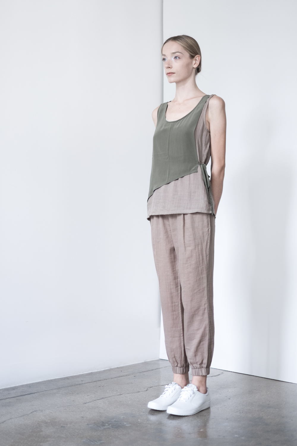 LOOK 21   TOP:   2265  / Timber   -     Sleeveless pullover with silk crepe de chine overlay and tie.   BOTTOM:   2290  / Timber  -   Jogger pants in 100% Cotton woven dbl. layer gauze.