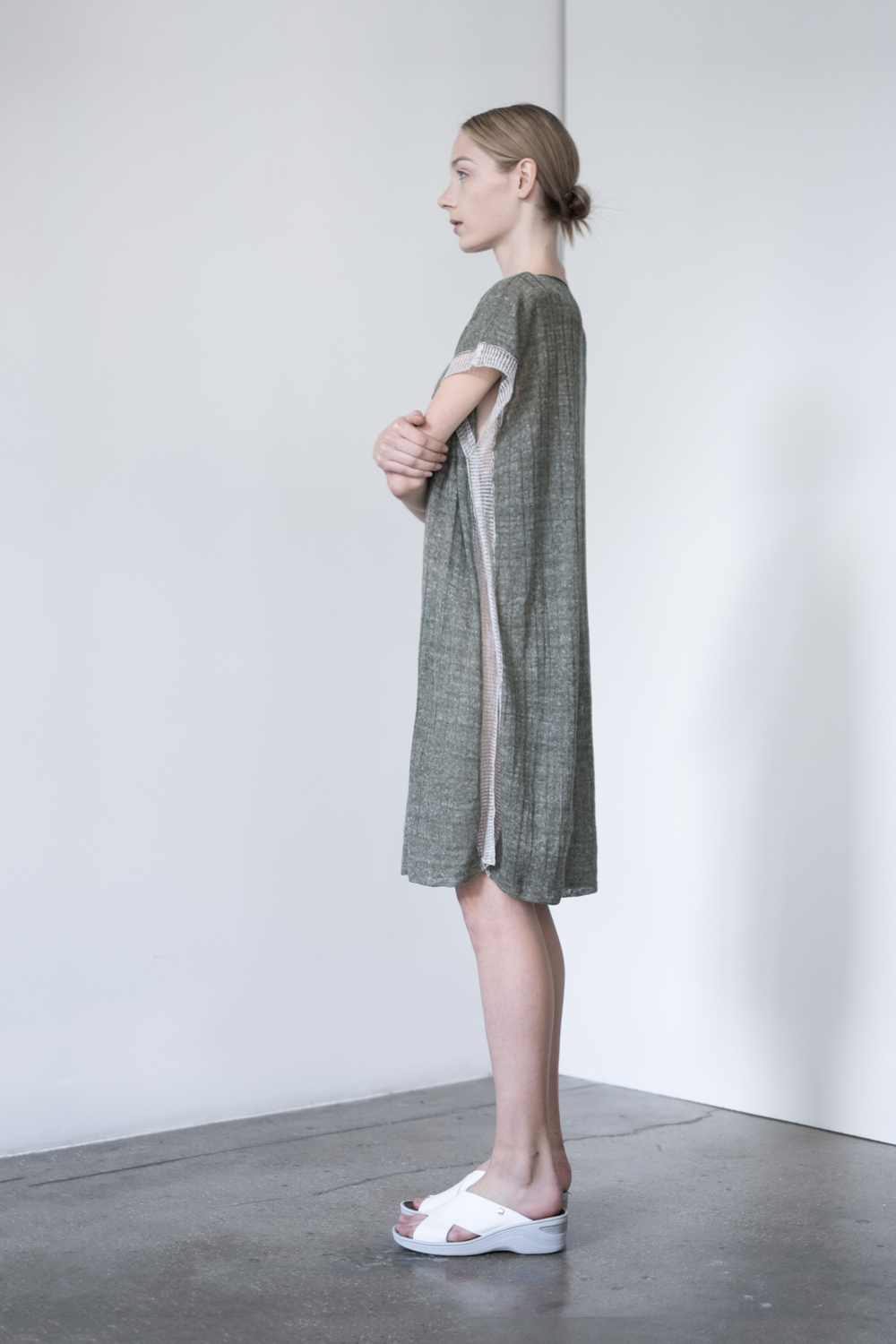 LOOK 29   TOP:   2221  / Clover  -     Linen dress & cover up, in Italian linen neps.
