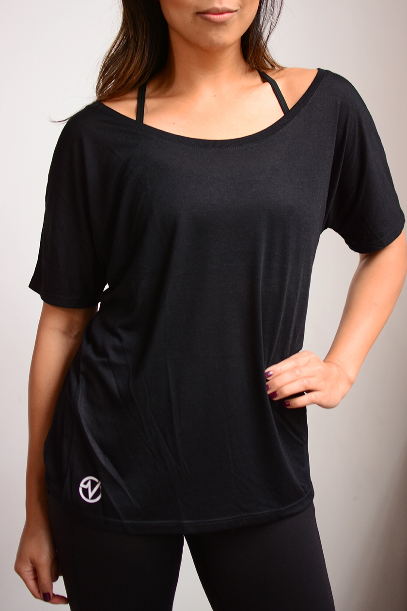 Women's Basic Slouchy Tee - SKU: W8816MIN QTY 15 / Any Color - Any Size$14.40-$16.80COLORS: Black, WhiteSizes: S, M, L, XL, 2XL