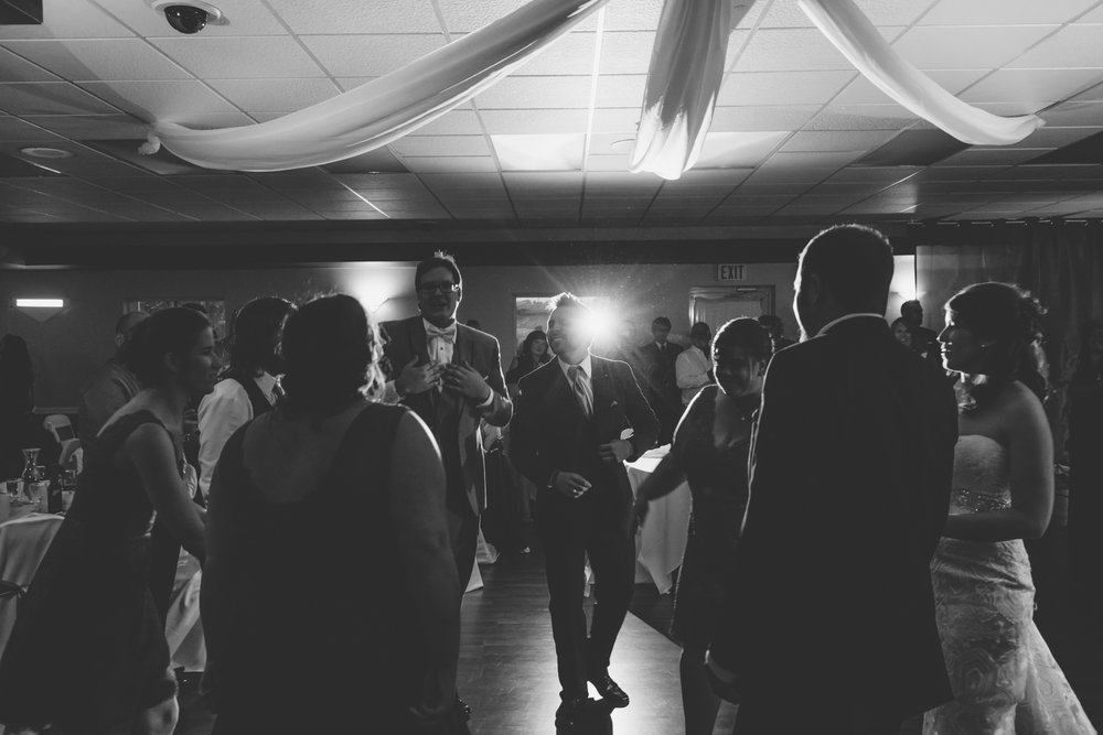 Kendra_Paul_Wedding_Gallery_096.jpg