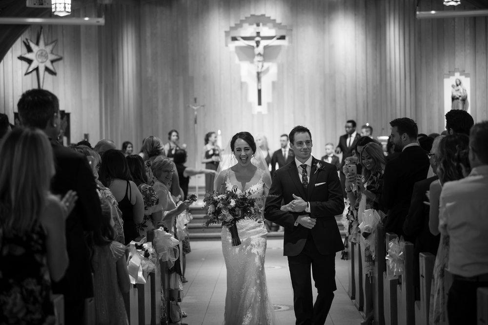 Laura_Danny_Wedding_Sneak_Peek_043.jpg