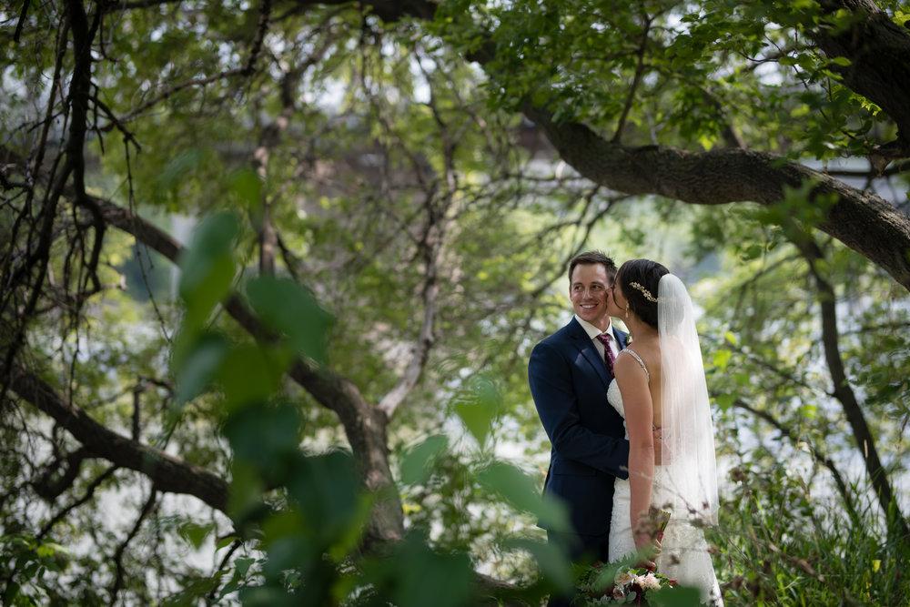 Laura_Danny_Wedding_Sneak_Peek_059.jpg
