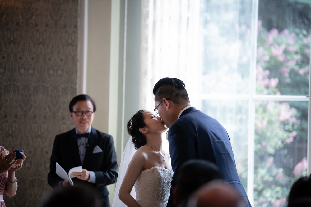Selina_Chris_Wedding_Sneak_Peek_049.jpg