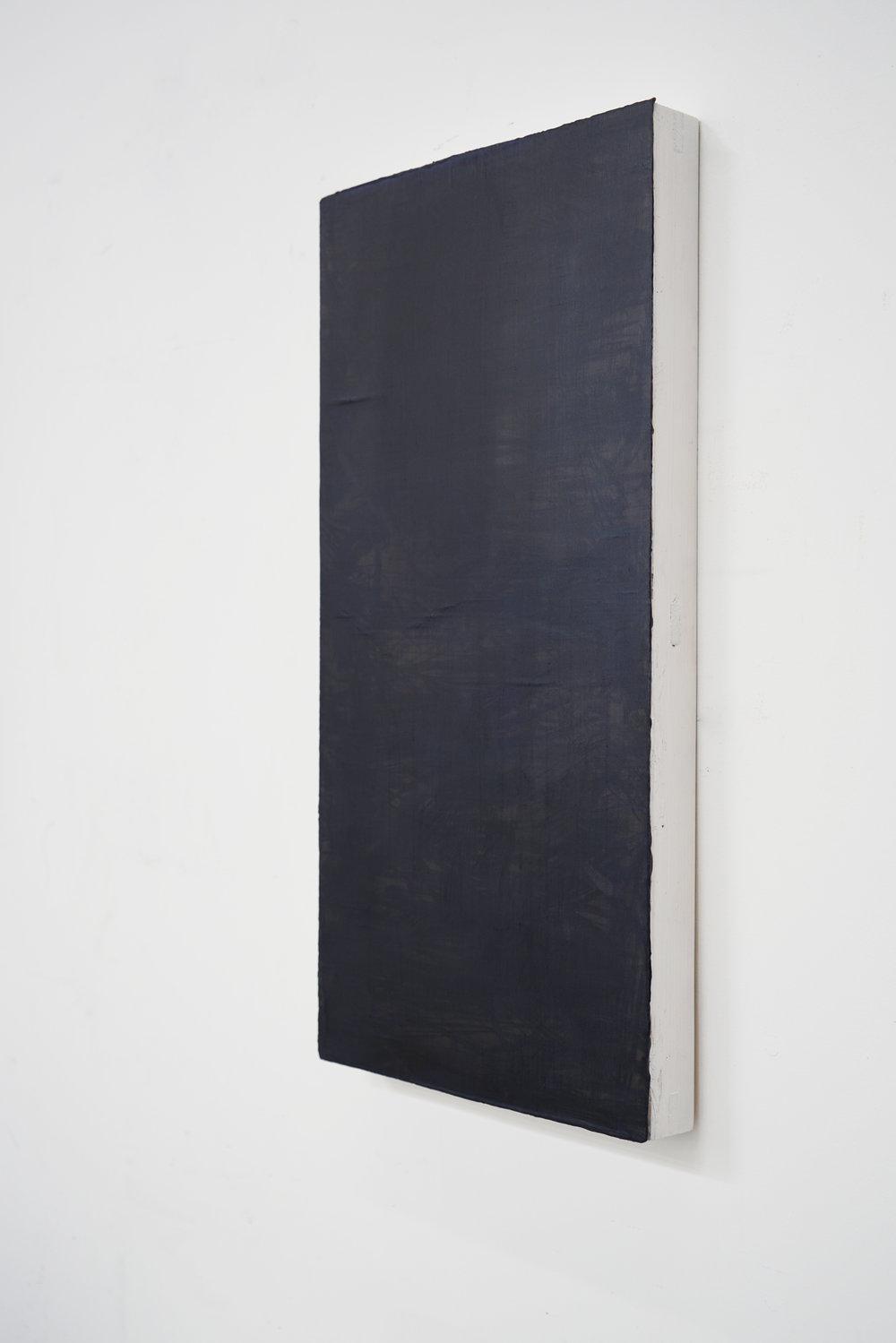 installation view - Black 25-3