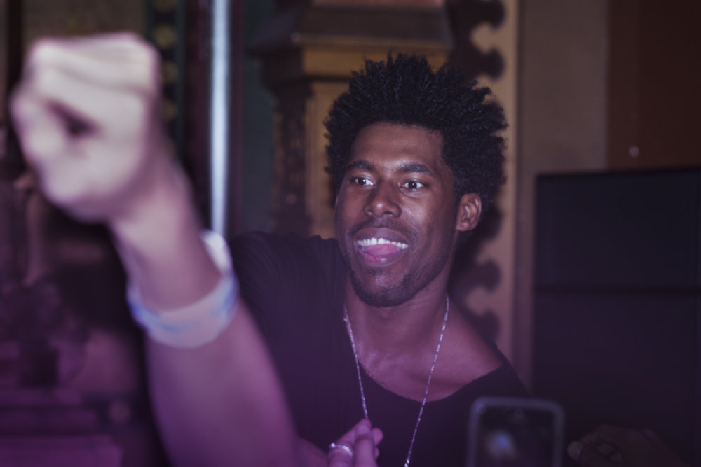 L1008552_Flying_Lotus_2.jpg