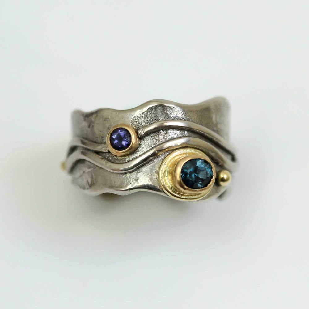 White Gold Mountain River Ring