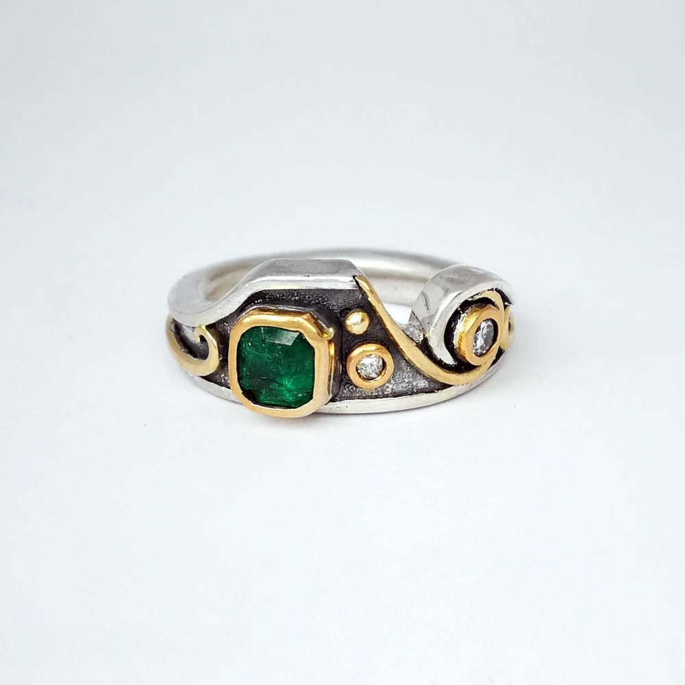 Upcycled Emerald & Diamond Ring