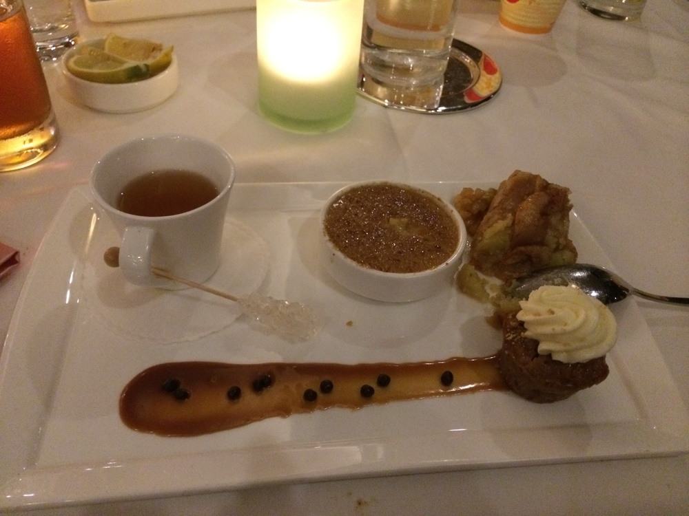 This was the apple dessert sampler I ate: soooo good!