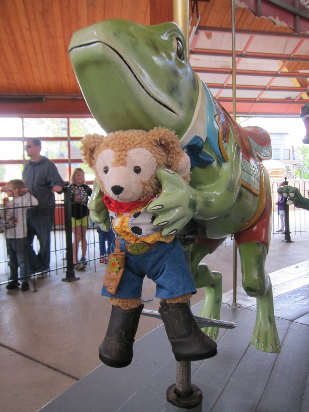 The bear of happiness and luck, meets the carousel frog of good fortune! :-)