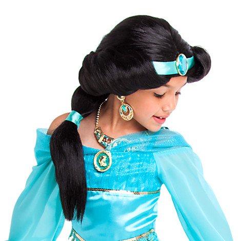 Note, this is showing the wig with the Deluxe Jasmine costume.