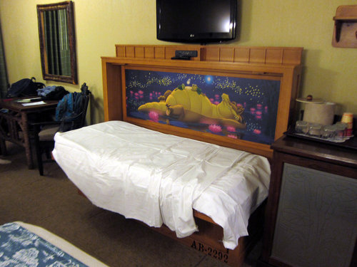 Loved seeing these super functional and comfy murphy beds in resorts beyond the Polynesian!