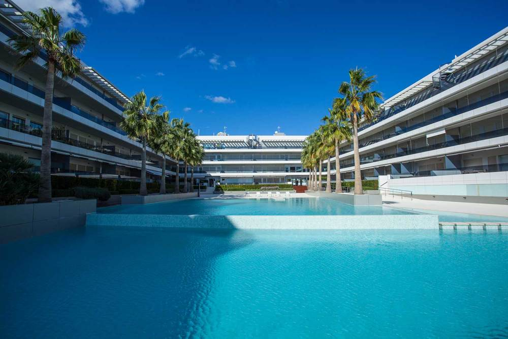 Ibiza-Blue-Beach-Jacuzzi-10.jpg