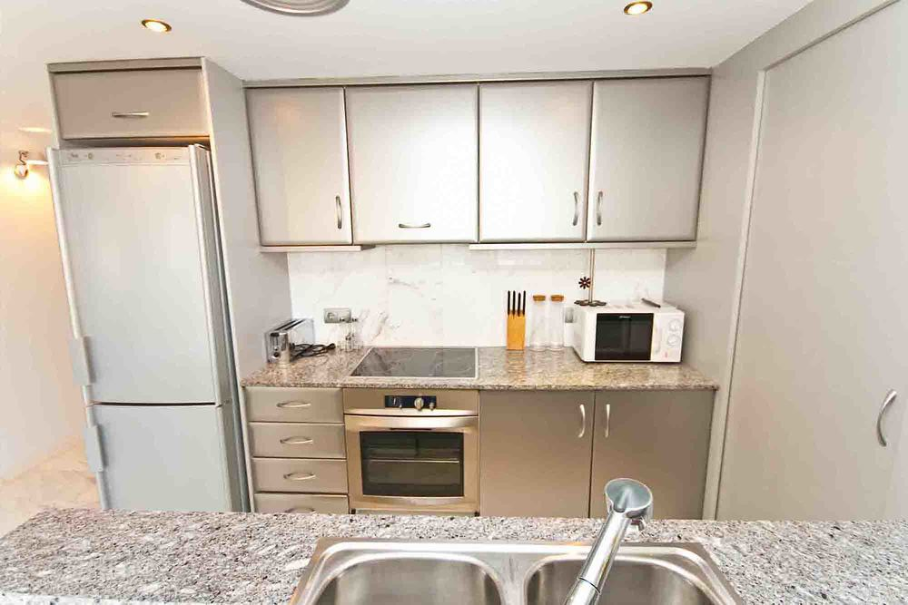 Bahia 355 kitchen.jpg
