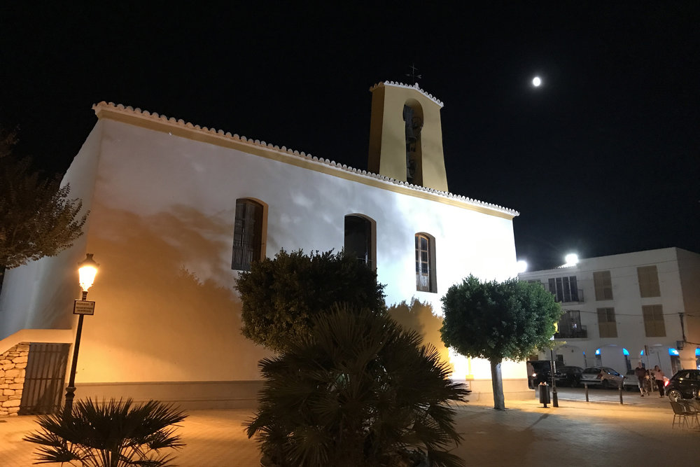 Santa Gertrudis church.jpg