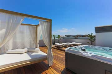Ibiza Royal Beach Océano - From €2,800 to €4,952 per week