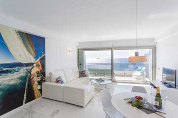 IBIZA ROYAL BEACH 4-3-0  - FROM €3,080 to €5,964 per week