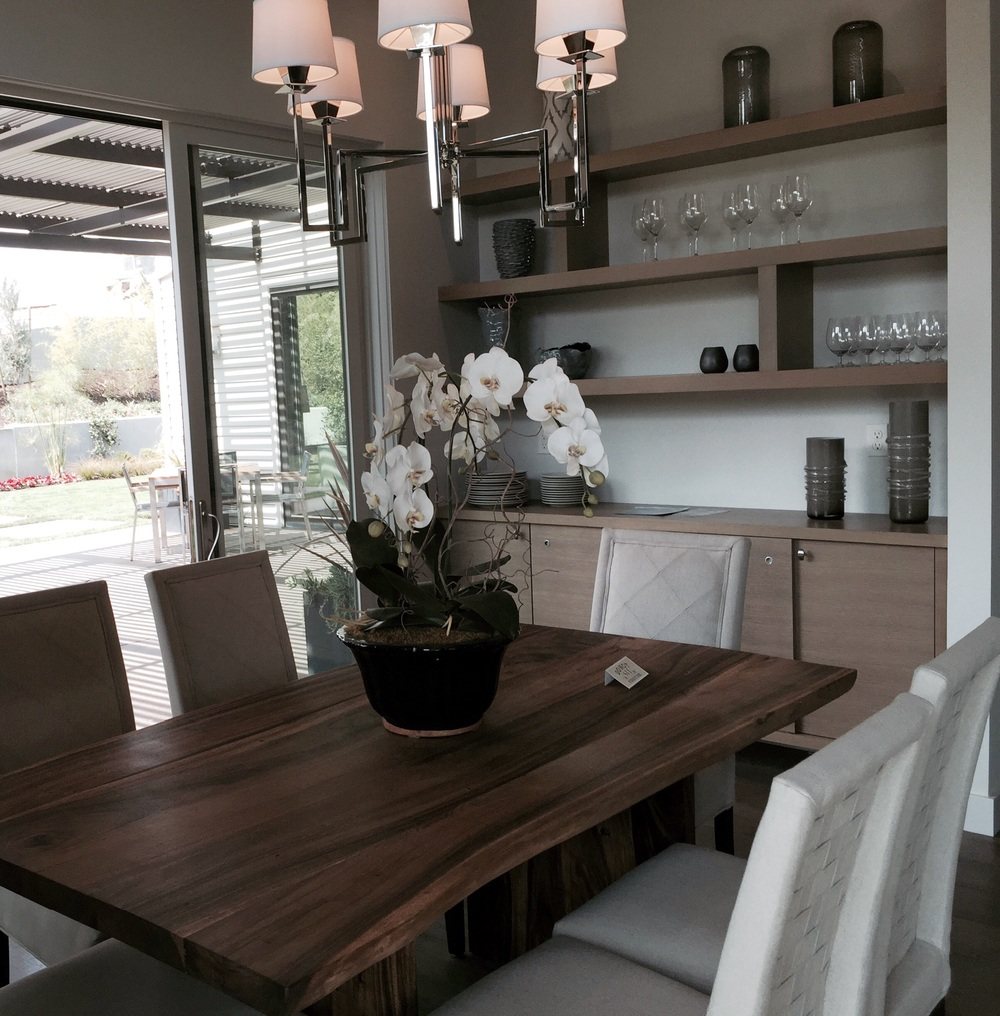 This table was Rustic and beautiful.  Love pairing it with the modern chandelier