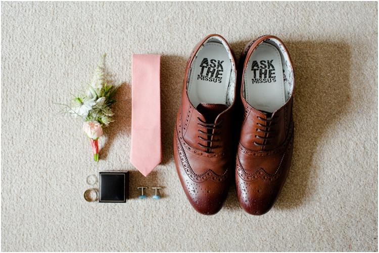LJ Norman Court Barn wedding1.jpg