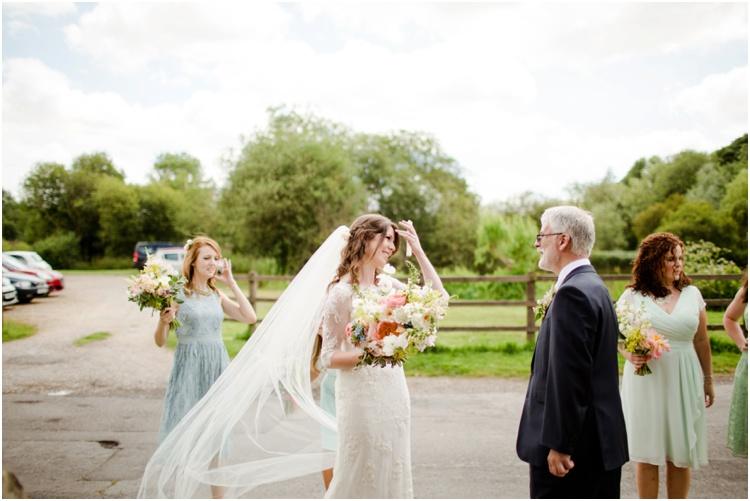 LJ Norman Court Barn wedding9.jpg
