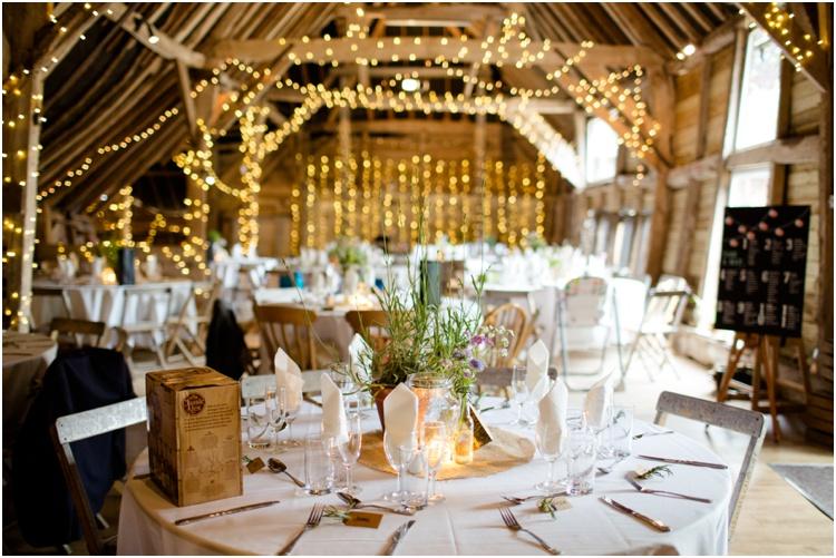 LJ Norman Court Barn wedding13.jpg