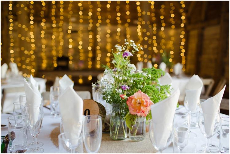 LJ Norman Court Barn wedding14.jpg