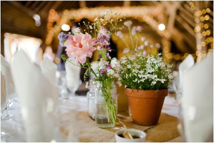 LJ Norman Court Barn wedding22.jpg