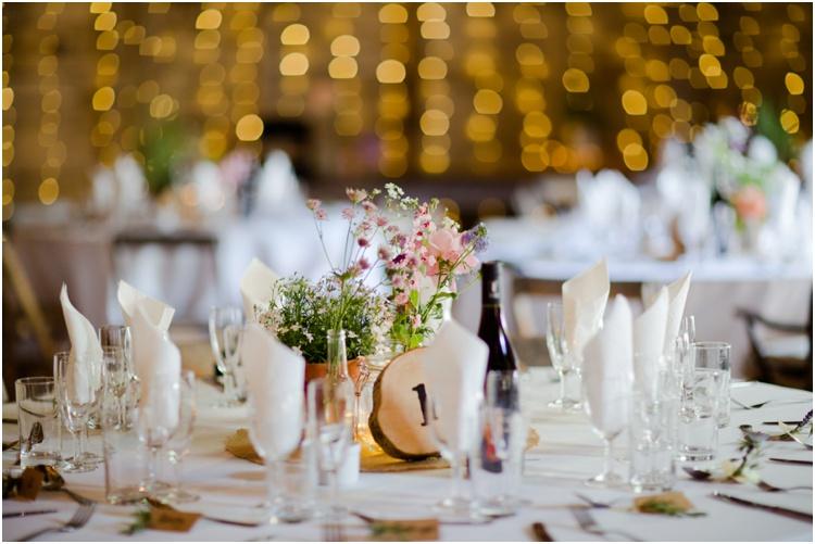 LJ Norman Court Barn wedding24.jpg