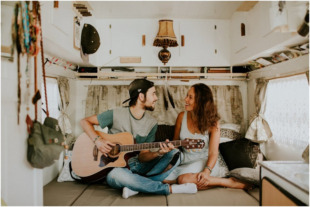 vanlife couple1.jpg