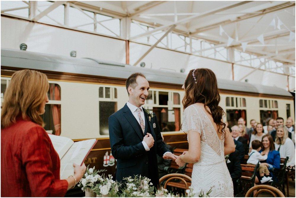 buckingham railway museum wedding photography23.jpg