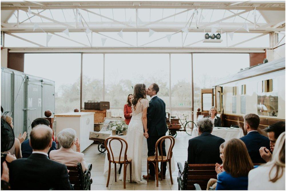 buckingham railway museum wedding photography25.jpg